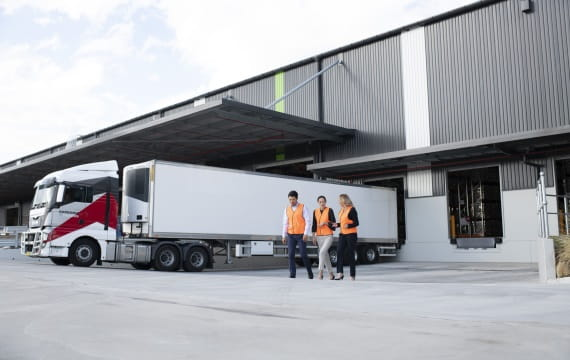 External warehouse truck